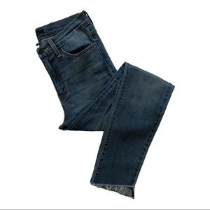 Flying Monkey Distressed Ankle Jeans Size 27